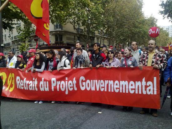 Les jeunes avec FO dans la manifestation 19 10 2010